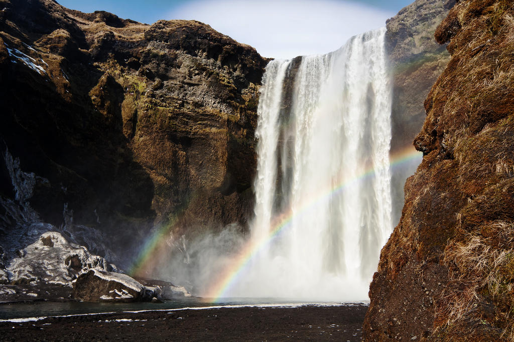 Skogafoss Waterfall by Mashuto