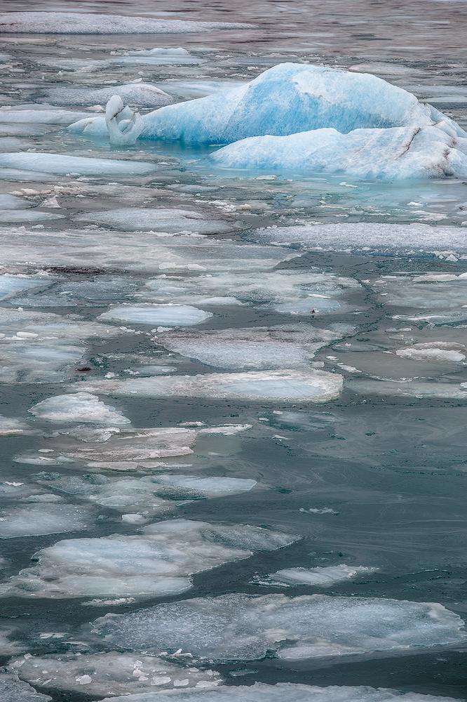 Glacier Lagoon by Mashuto