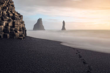 Icelandic Dreamscape by Mashuto
