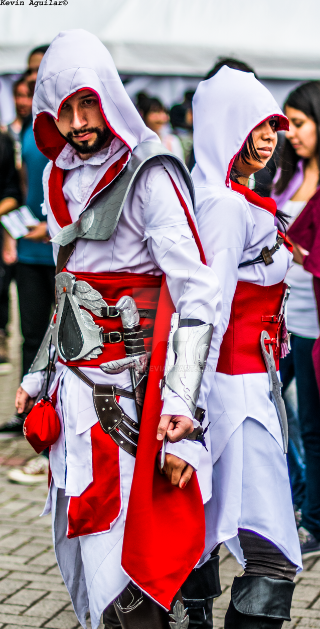 Assassins Creed Couples Costumes