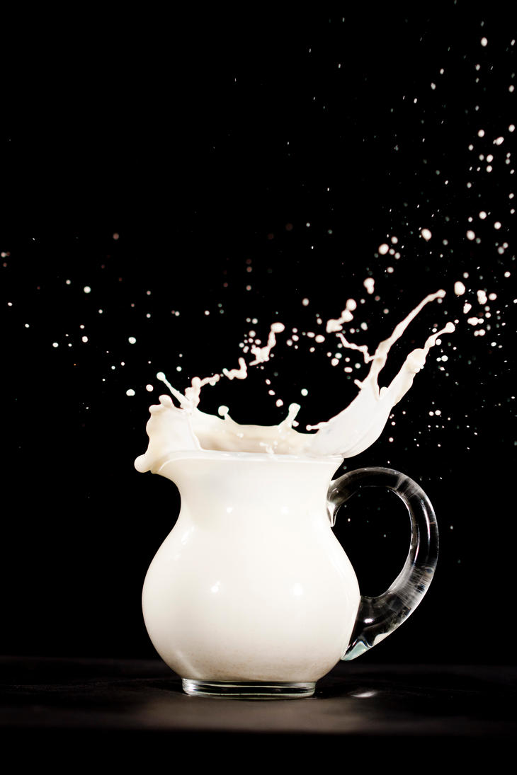Milk4 by 4t0m1c-w07f