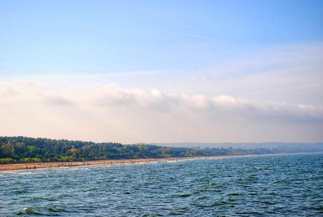 Seashore by Wanderlouve