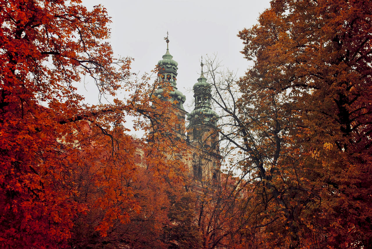 Autumnal abbey by Wanderlouve