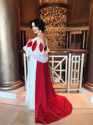 Snow White | Designer Doll Cosplay
