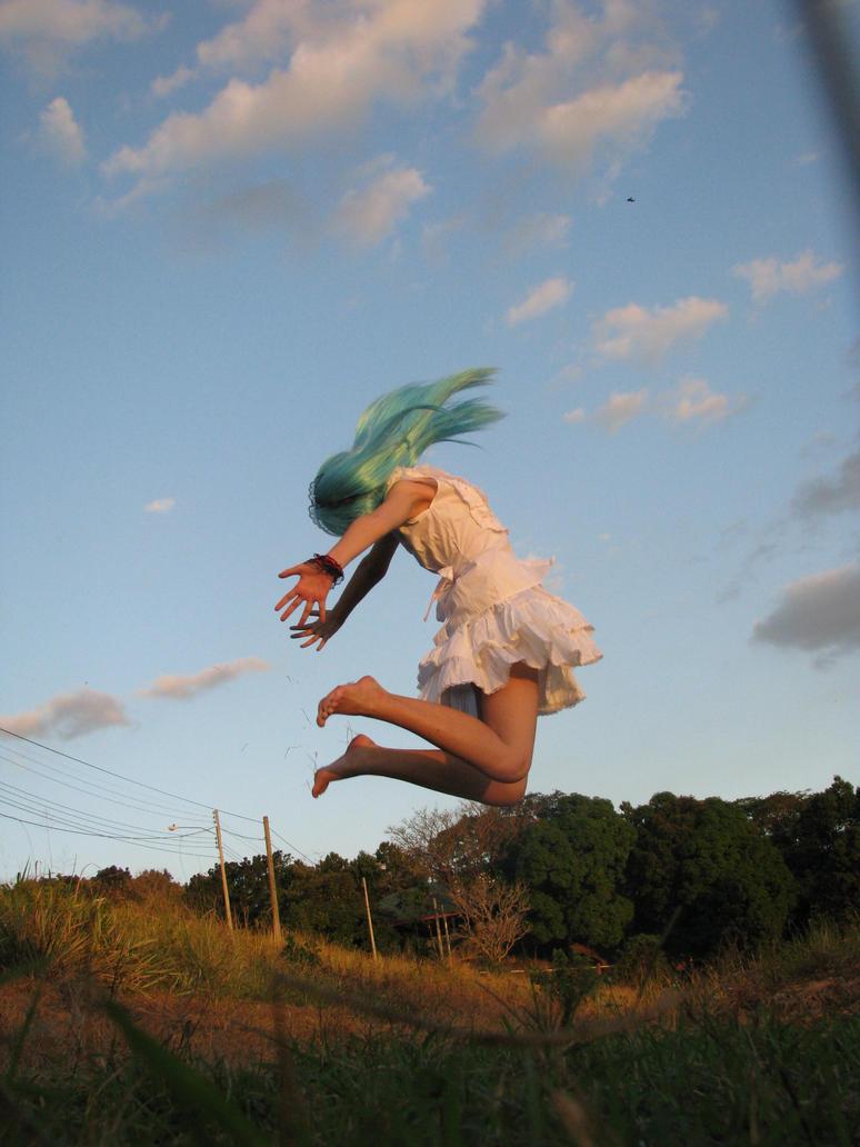 Miku Hatsune: jump high by nikocruz