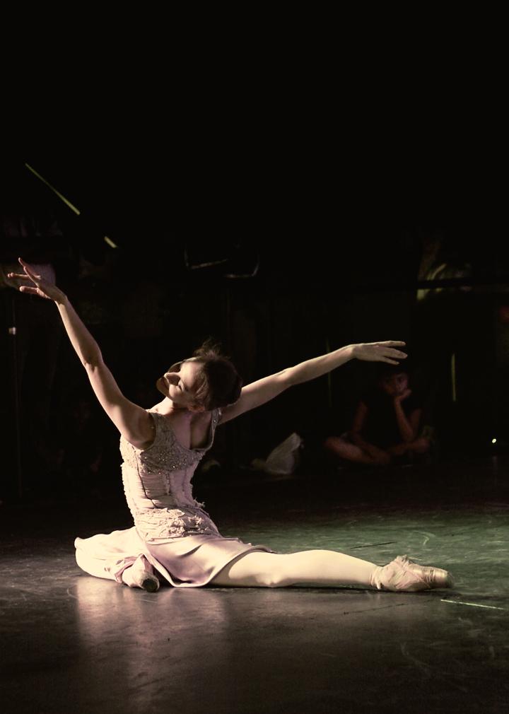 Ballet Female Soloist 1 by Zefhar