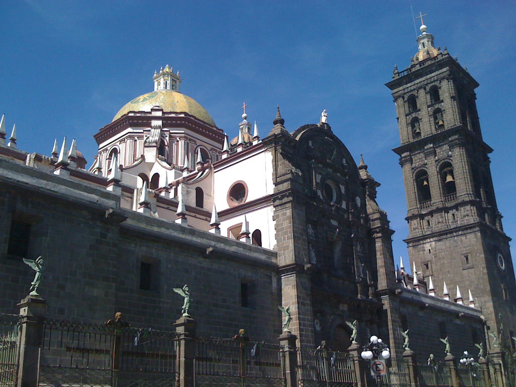 Puebla - Cathedral by Dairen-Ryuu-Hino