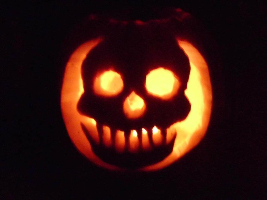 Skull Pumpkin by DavidEvz