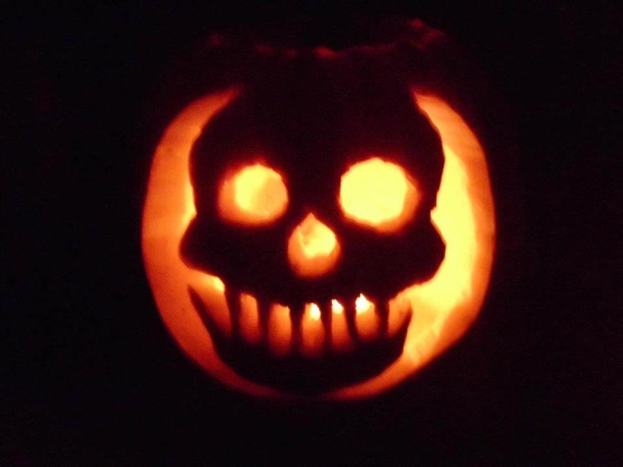 Skull Pumpkin by DavidEvz