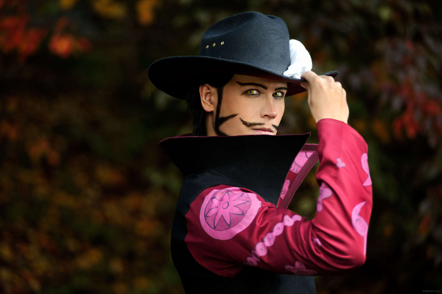Dracule Mihawk - One Piece by Elffi
