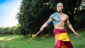 Adult Aang - Avatar The Last Airbender (Cosplay)