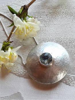 Pendant silver with aquamarine