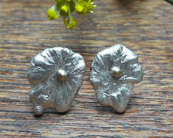 Ear studs silver with gold