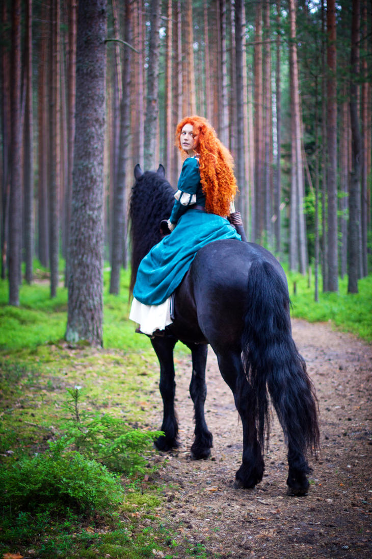 Merida in the forest 2 by Zoisite-Virupaksha