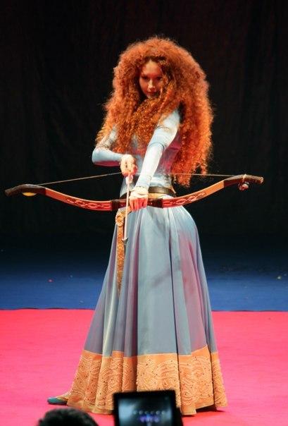 Merida on stage by Zoisite-Virupaksha