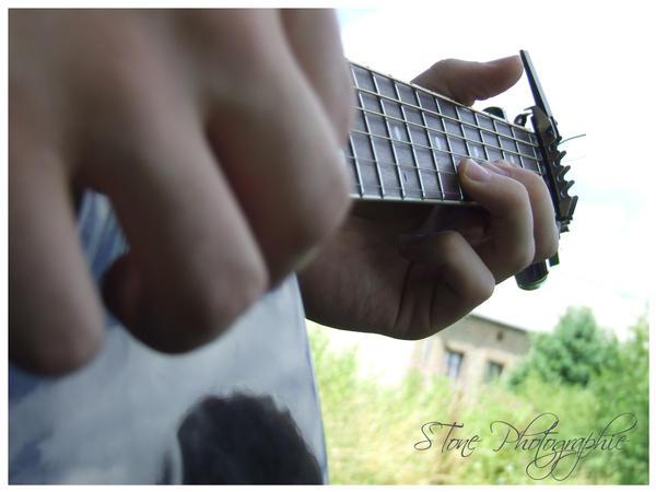 guitar 2 by Crowlf