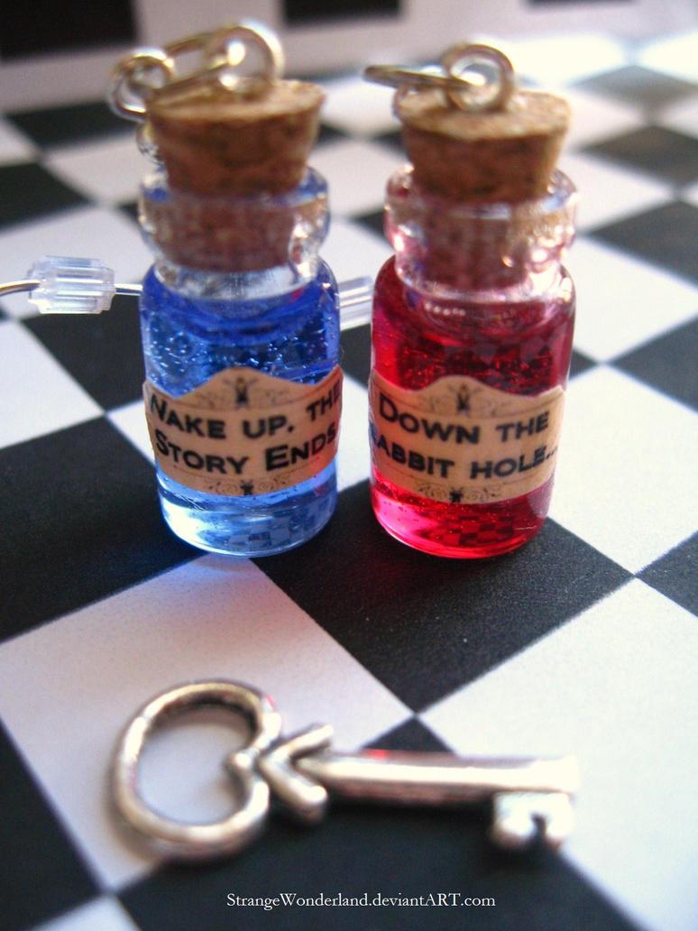 Red Pill, Blue Pill by StrangeWonderland