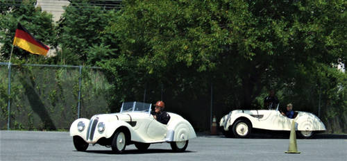 BMW 328 in action 4