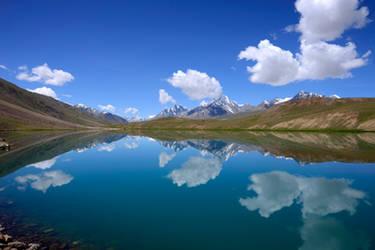 Chandratal Lake by nimitnigam