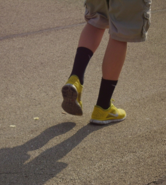 Yellow Shoes by Windthin
