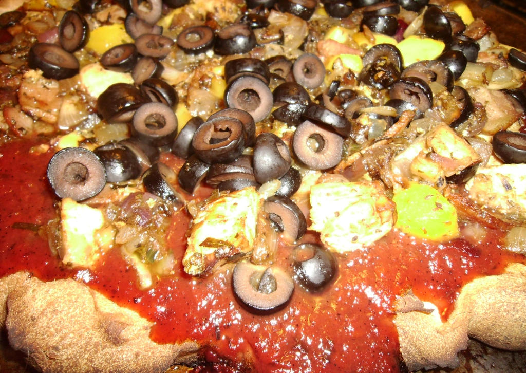 Criminara Bacon-Chicken-Sweet Onion-Mango Pizza by Windthin