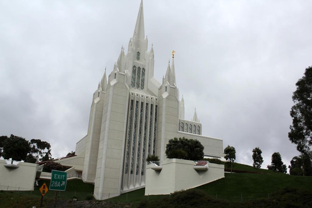 Mormon Temple 2