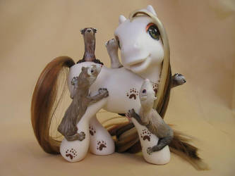 'Pony Ride' a ferret MLP