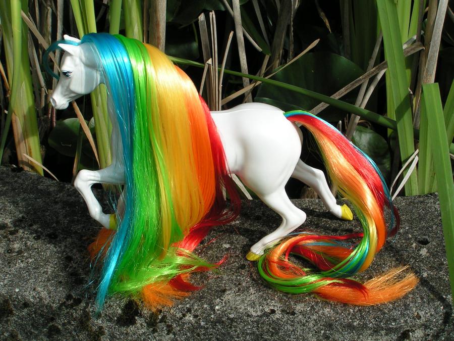 Starlite II / Tagada II , Rainbow brite horse by Lilou-Lilou