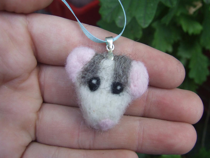 Felted necklace - Husky rat by kez245