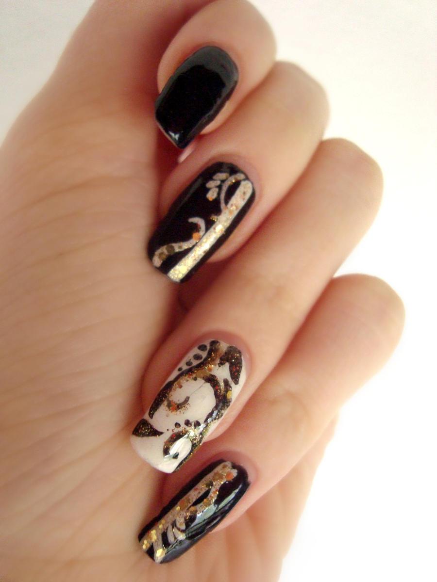 Black white and gold nails by DancingGinger on DeviantArt