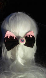 Eye see you bow (black and pink) by littlebitakit