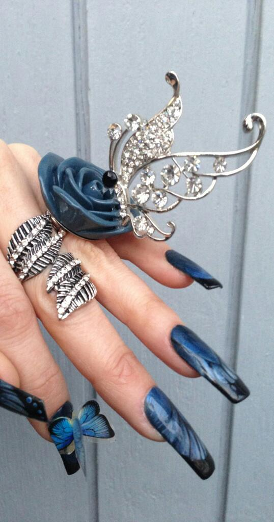 When Jewellery meets Nail Art! by sams-originails