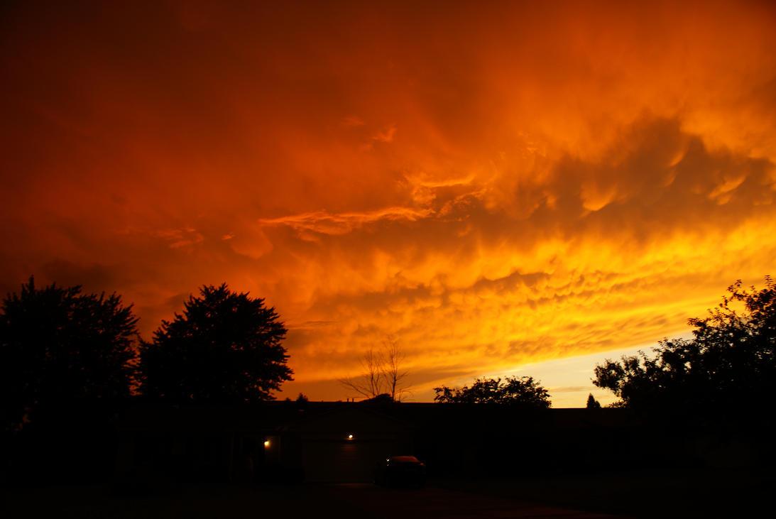 The Apocalyptic Sky At Dusk By Bk102 Blackreaper On Deviantart