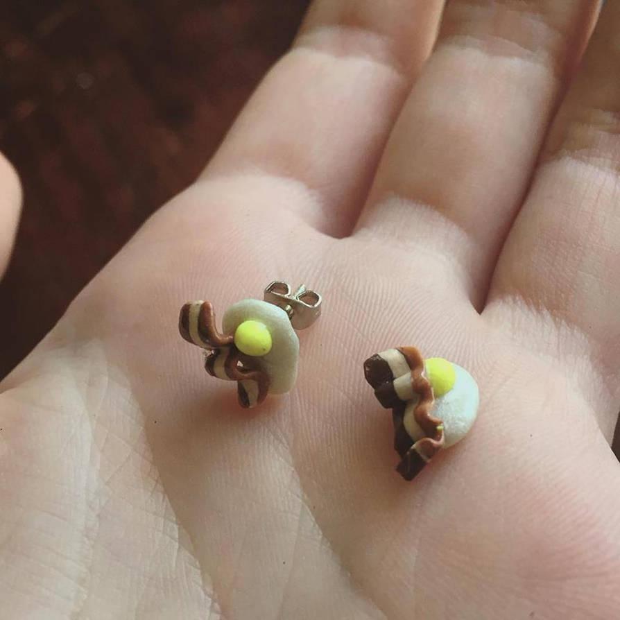 Eggs and Bacon earrings