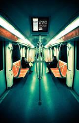 The mirror by AntonioAndrosiglio