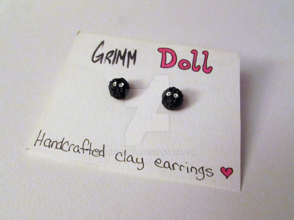 Soot Sprite Earrings by grimm-doll