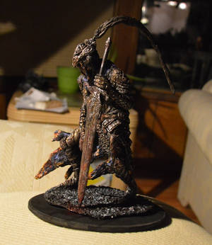 Dark Souls Artorias statue highly detailed