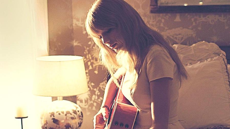 Taylor Swift Desktop Background #12 by Stay-Strong on DeviantArt