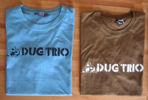 Stencil t-shirt Dug trio by myxomy