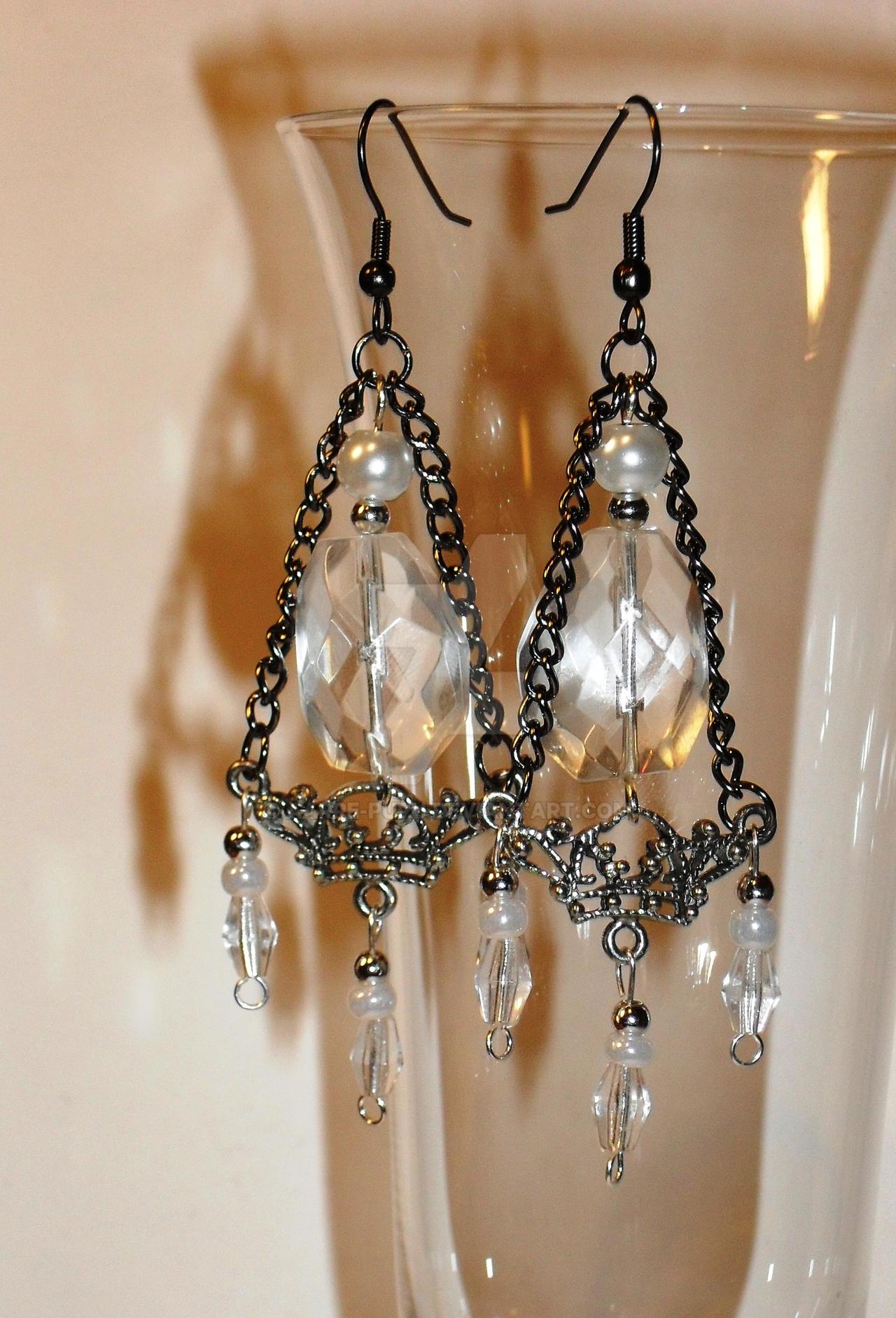 Earrings 73 by aarre-pupu