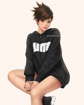 Hoodie Tracer