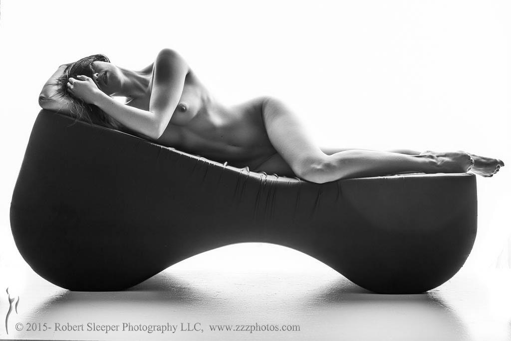 Ariel resting... by RobertSleeper