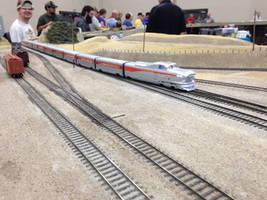 HO Scale Aerotrain Running