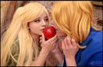 Nyotalia female Chibirisu and France - The apple