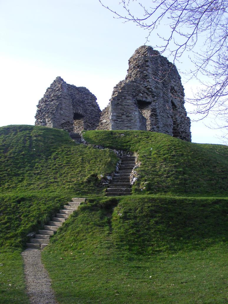 Hilltop Ruin by LadyxBoleyn
