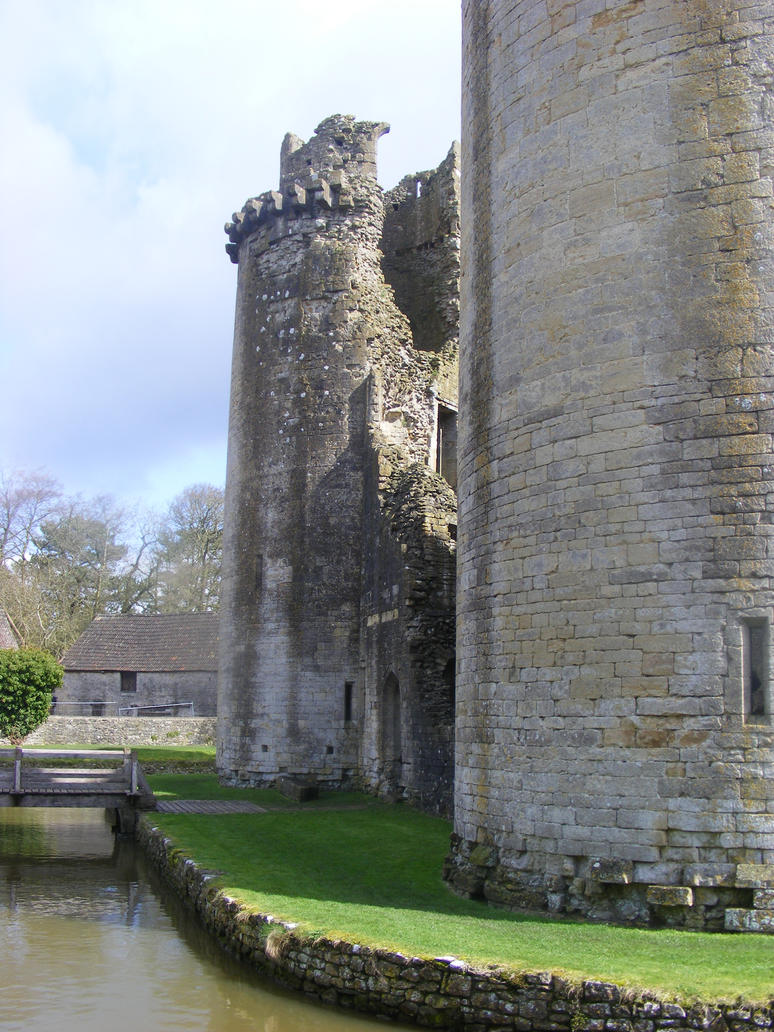 Nunney Castle April 5 by LadyxBoleyn