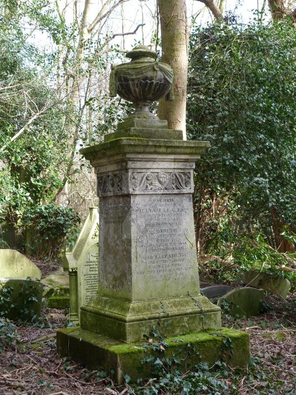 Highgate Cemetery 2012 30 by LadyxBoleyn