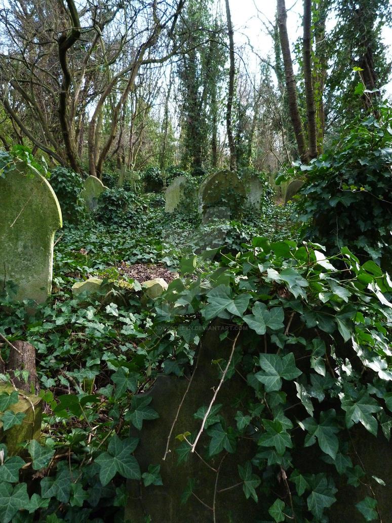 Highgate Cemetery 2012 97 by LadyxBoleyn