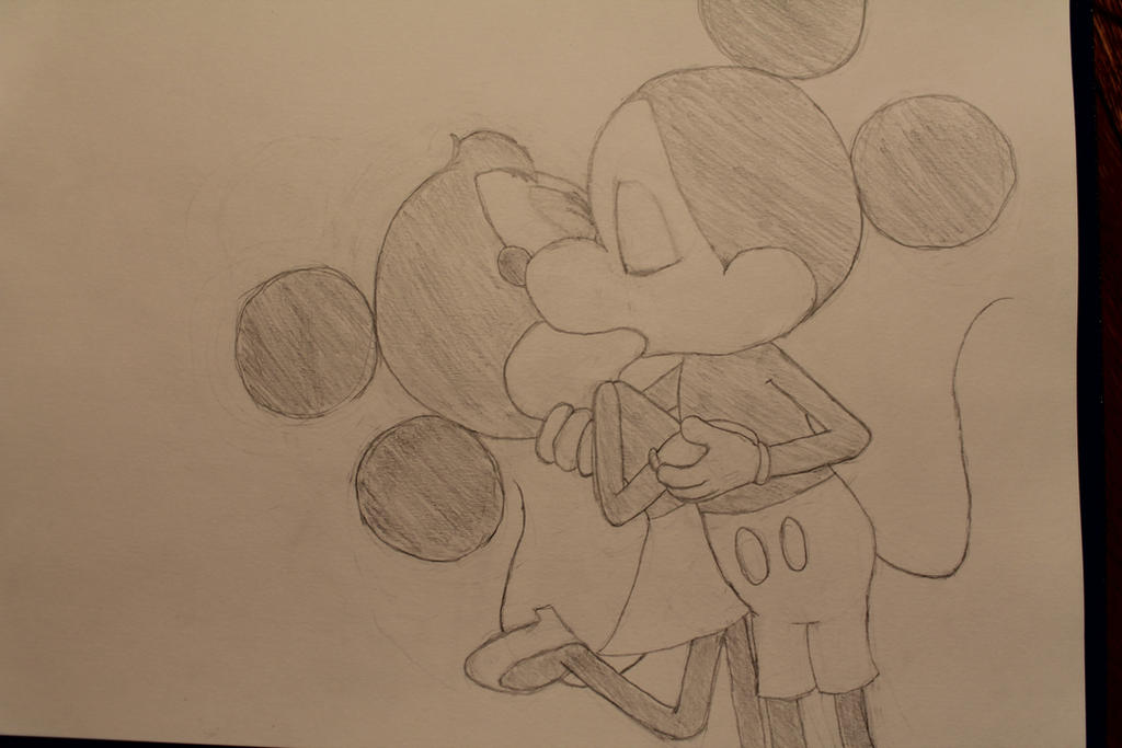 Mickey and Minnie Kiss by davidbore on DeviantArt
