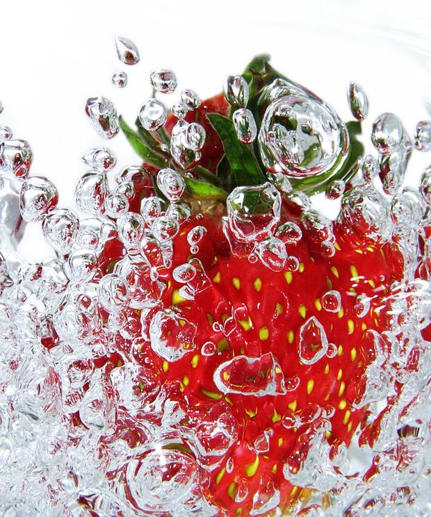 Fresh Strawberry by ekrowa